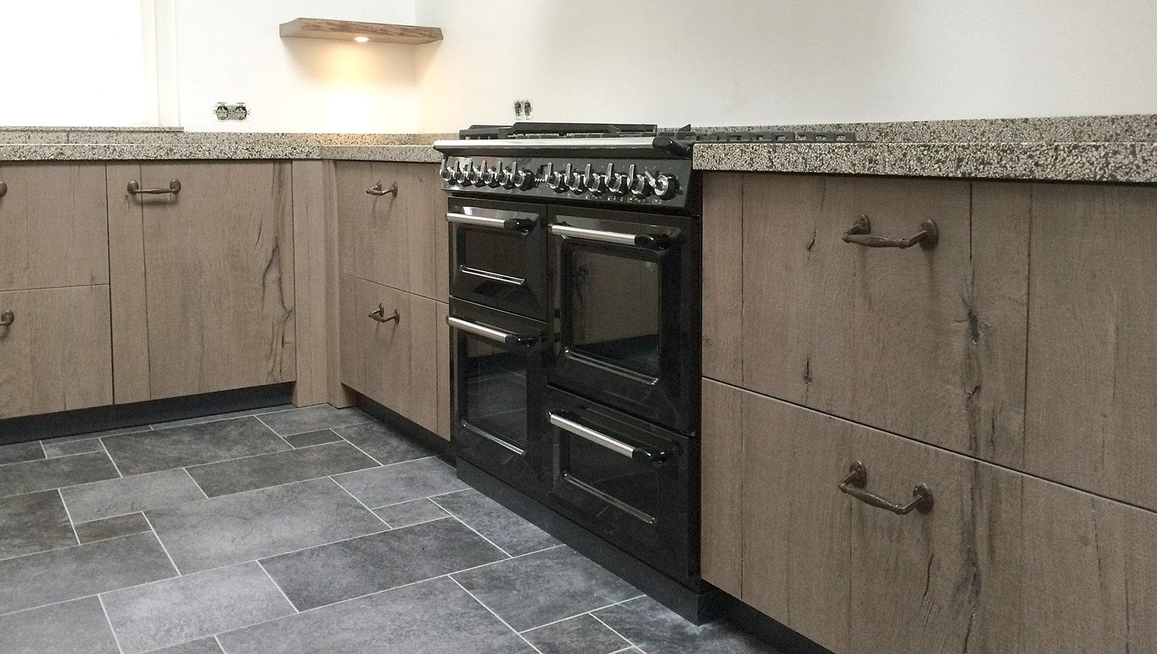 Balkenhout fineer keuken